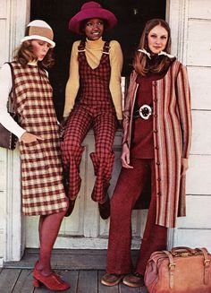 Seventeen Magazine, July 1971. 'Wool gives you the world.'