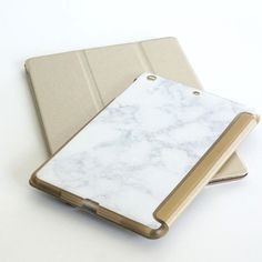 Thought we only sold Macbook® cases? Nope! We got lots more goodies in store for you like this ipad® cases with our signature look of gold and marble. Wanna binge watch Netflix and eat munchies instea