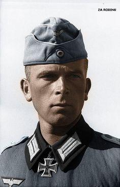 Hauptmann mit Ritterkreuz in Russia 1942 | by Za Rodinu