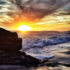 Sunset in Cape Town captured by jdfinch.