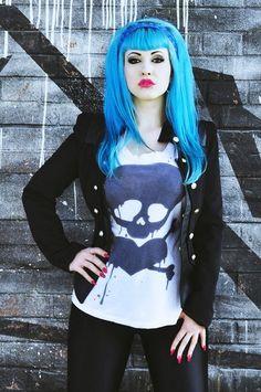 gorgeous turquoise blue hair