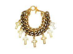 Corrente em banho dourado e banho ouro velho, com pingentes de crucifixos que ficam como franjas. fecho T. R$ 62,00