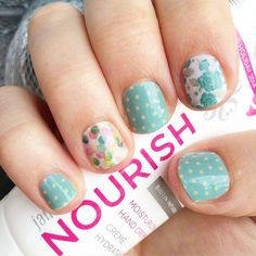 Pretty nails.....you can order here: http://macey.jamberrynails.net