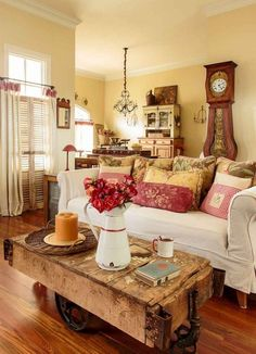 If you are looking for French Country Living Room Design Ideas, You come to the right place. Below are the French Country Living Room Design Idea. French Country Rug, French Country Dining Room, Living Room Decor Country, Design Living Room, Shabby Chic Living Room, Country Farmhouse Decor, French Country Decorating, Modern Farmhouse, Living Rooms