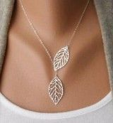 European and American fashion pretty cheap metal leaf double leaf wild short necklace female wholesale