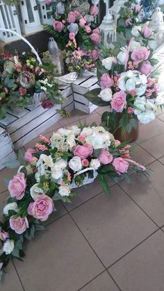 Grave Flowers, Cemetery Flowers, Funeral Flowers, Fall Flowers, Exotic Flowers, Beautiful Flowers, Church Flower Arrangements, Funeral Arrangements, Deco Floral