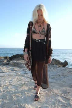 "Nicola of ""Deciphering Dreams"" wearing UO's sheer maxi skirt #urbanoutfitters"