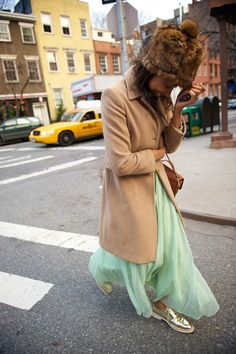the only thing i like about this is the mint skirt with the metallic shoes Mint Skirt, Pastel Skirt, Mint Dress, Brogues Womens Outfit, Preppy Style, Style Me, Girls Slip, How To Look Pretty, Cool Outfits