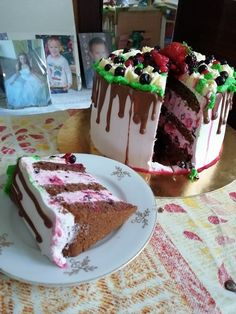 Tiramisu, Cake, Ethnic Recipes, Food, Yogurt, Kuchen, Essen, Meals, Tiramisu Cake