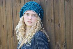 Gehäkelte Mütze Muster Amberlyn Slouchy Beanie von RAKJpatterns, $4.00