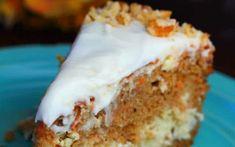 Reţeta inedită de cheesecake cu morcovi şi cocos Cheesecake Factory Carrot Cake, Pineapple Cheesecake, Best Cheesecake, Frozen Dessert Table, Frozen Desserts, Coconut Cream, Cream Cheese Frosting, Banana Bread, Carrots