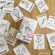 My girls love to play but often games are played to and are very bulky! So I created for girls a game faci Preschool Lessons, Activities For Kids, Diy For Kids, Crafts For Kids, Bored Games, French Teaching Resources, Little Games, Tour Eiffel, Games For Girls