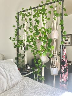 A Small NYC Studio Has Clever Storage Solutions, Cute Plant Displays, and a Very Vintage Pink Bathroom House Plants Decor, Plant Decor, Room With Plants, Plant Wall, Bedroom Plants, Bedroom Decor, Garden Bedroom, Small Apartments, Small Spaces