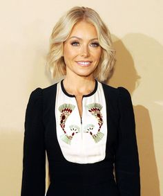Kelly Ripa Wedding Dress | Kelly Ripa revealed on Live! that she still fits into her wedding dress 20 years later. #refinery29 http://www.refinery29.com/2016/04/109383/kelly-ripa-wedding-dress