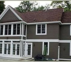 Best Chocolate Brown Siding Exterior Paint Colors For House House Paint Exterior Exterior House 640 x 480