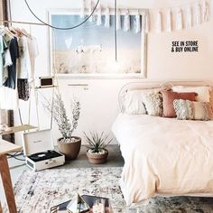 Gravity Home: Light Urban Outfitters bedroom Dream Rooms, Dream Bedroom, Home Bedroom, Bedroom Decor, Bedding Decor, Quilt Bedding, Bedroom Lighting, Comforter, Urban Outfitters Bedroom