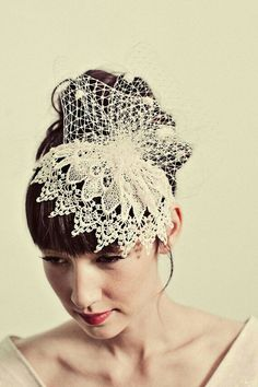 {Awesome Cage Style Bridal Veil/Fascinator With Guipure Lace & Netting}