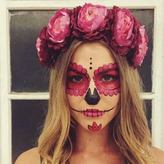 Trendy Makeup Halloween Couple Sugar Skull Ideas - Holographic, duochrome, and trifoil Makeup and Nails - Sugar Skull Costume, Sugar Skull Halloween, Sugar Skull Art, Couple Halloween, Halloween Skull, Halloween Make Up, Sugar Scull, Vintage Halloween, Sugar Skull Makeup Easy