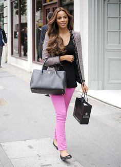 Rochelle Wiseman - love this look chanel executive tote