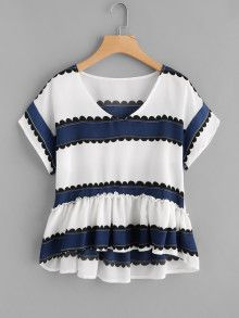 SheIn offers Contrast Print Frill Hem Blouse & more to fit your fashionable needs. Summer Outfits, Casual Outfits, Cute Outfits, Fashion Outfits, Fashion Styles, Fashion Women, Fashion Online, Spring Summer Fashion, Winter Fashion