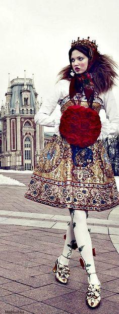 The Anastasia of winter .............Vogue Japan december 2013. Japan. Never bored.: