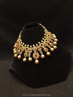 Gold Stone Choker Necklace Designs, 22K Gold Stone Choker Necklace Models, Gold Choker with White Stones.