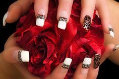 Lacey cheetah stripes