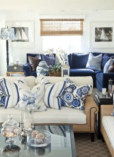 Navy Blue Living Room Decor Navy Blue and White Living Room Decor Blue Rooms, White Rooms, White Bedroom, White Walls, Blue Walls, Coastal Living Rooms, Home And Living, Coastal Cottage, Coastal Farmhouse