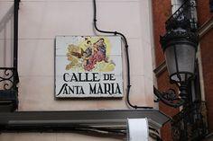 Calle de Santa María. Barrio de las Letras (Madrid) 24-11-2012