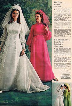 s catalog wedding dresses Vintage Wedding Photos, Vintage Bridal, Vintage Weddings, 1970s Wedding Dress, Wedding Gowns, Vintage Outfits, Dress Vintage, 70s Fashion, Vintage Fashion