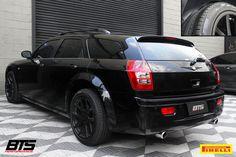 Chrysler 300C Touring calçando pneus @Pirelli Scorpion Verde All Season.  #Chrysler #300C #Touring #Pirelli #BTS #BTSPerformance