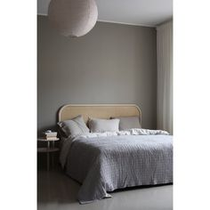 Matri's Lempi headboard is a beautiful blend of decorative rattan braid and sturdy, solid ash that gives the bed a gentle yet eye-catching look. Lempi headboard mounts on the wall above the bed. Scandinavian Living, Scandinavian Design, Table Furniture, Furniture Design, Grey Bed Frame, Flow Design, Grey Bedding, Headboards For Beds, Bedside