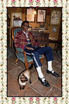 Gucci just-released Pre-Fall 2017 collection images show that Alessandro Michele hasn't stopped making the most bonkers menswear out there.