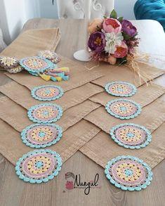 Crochet Mandala, Diy Crochet, Crochet Doilies, Baby Knitting Patterns, Crochet Patterns, Crochet Table Mat, Diy Crafts For Teens, Diy Living Room Decor, Crochet Designs