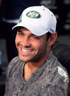 Mark Sanchez.. yourrsexxy :)