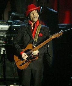 Princes guitar face!