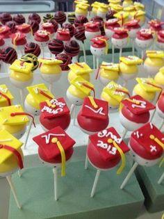 Graduation Cake Pops Graduation Cake Pops, Graduation Desserts, Graduation Cookies, Mini Tortillas, Online Bakery, Cupcake Cakes, Cupcakes, Preschool Graduation, Celebration Cakes