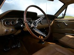 1965 Mustang GT coupe / carinteriors