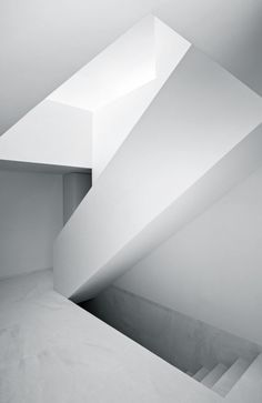 Fran Silvestre Architects | Ayora, Spain #stairs #deco #escaleras