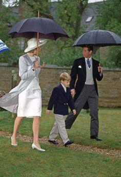 Aos 7 anos, com Diana e Charles, em setembro de 1989 - Tim Graham/Getty Images - Veja