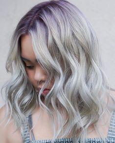 Fashionable Purple Rooted to Silver Blonde Medium Hairstyles for Asian Women - Haircuts Ideen Balayage Hair Purple, Purple Hair, Blonde Hair With Roots, Dark Hair, Pastel Lavender Hair, Lilac, Dramatic Hair, Hair Color And Cut, Platinum Blonde Hair