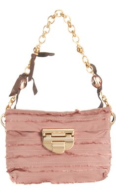 Nina Ricci Liane Evening Shoulder Bag is a must-have fashion item. You have got to have this bag. Dusty Rose, Dusty Pink, Handbag Accessories, Fashion Accessories, Fall Bags, Trendy Summer Outfits, Perfect Pink, Pink Fashion, 50 Fashion