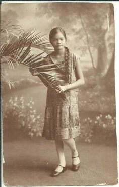 1931 Philippines TYPICAL FILIPINA LASS holding Palm Frond RPPC Calumpit BULACAN Philippines Outfit, Miss Philippines, Philippines Fashion, Philippines Culture, Philippine Women, Filipina Girls, Filipino Culture, Filipiniana, European American