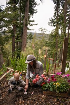An Interview with Erin Gleeson, The Creative Mind Behind The Forest Feast For Kids - Garden Collage Magazine Vegetable Garden, Garden Plants, Vie Simple, Future Farms, Jolie Photo, Farm Gardens, Country Life, Life Is Beautiful, Garden Sculpture