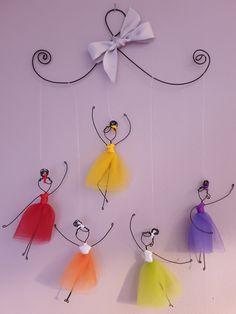 Alambre Diy Crafts Hacks, Diy Home Crafts, Handmade Crafts, Crafts To Make, Fun Crafts, Crafts For Kids, Arts And Crafts, Paper Crafts, Christmas Classroom Door