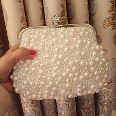 Hot sale 2014 New Mini White Handmade Pearls Strass Diamond Bridal Clutches Lady Evening Handbag Bridesmaid Bag Purse Sac Bolsas $19.99
