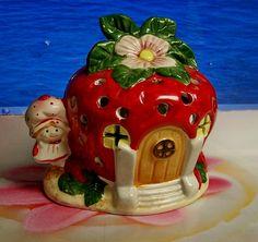 Vintage 1980 Strawberry Shortcake Ceramic House Light by snogirl, $22.00
