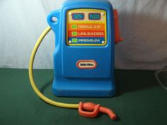 VINTAGE LITTLE TIKES GAS PUMP WITH BELL MADE IN USA