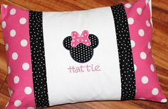 Minnie pillowcase pillow case (need to make these for my daughter's travel pillow for the car