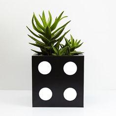 DICE Planter Medium White Order Up, Galvanized Steel, Dice, Your Favorite, Planter Pots, Presents, House Design, Medium, Creative